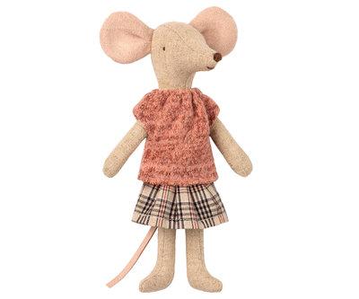 Maileg mouse mum